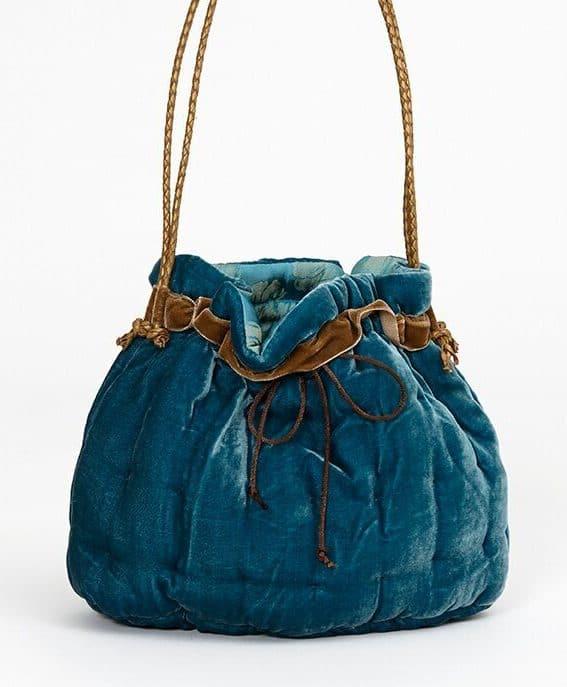 Blue handbag made of silk velvet