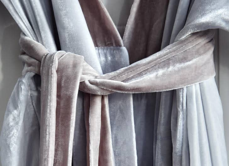 Silk velvet kimono detail