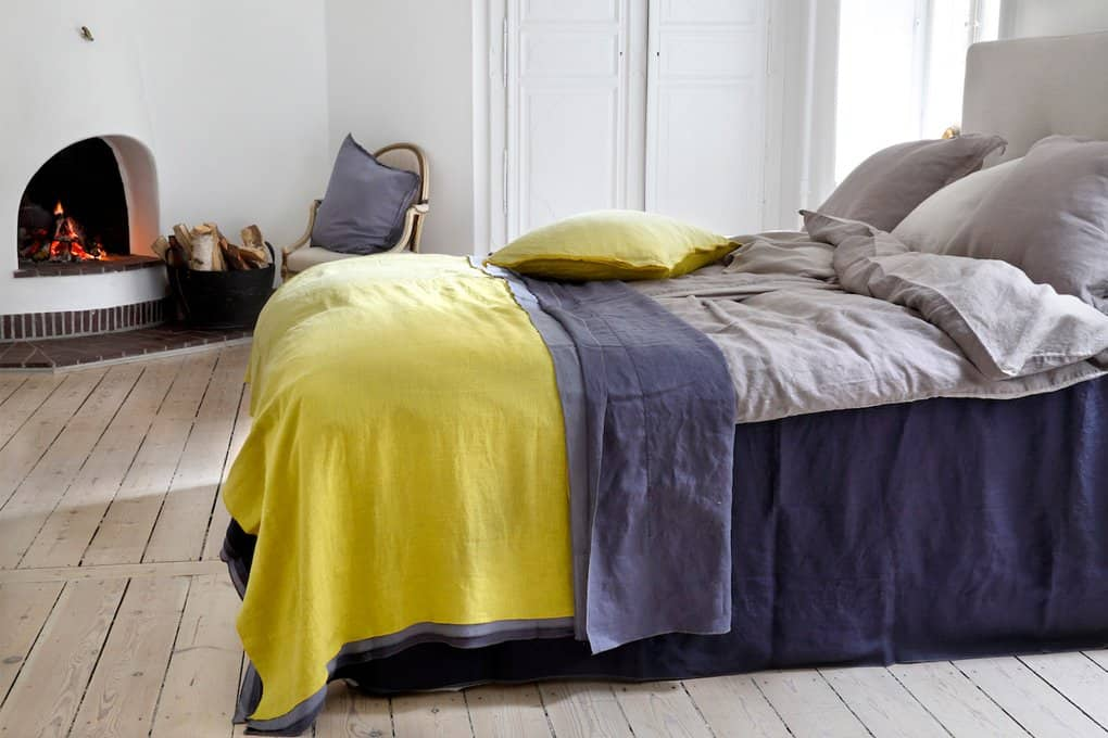 Stylet Purple Yellow bed - Fabriccopenhagen.dk